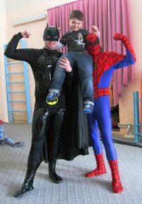 Бетмен и человек паук